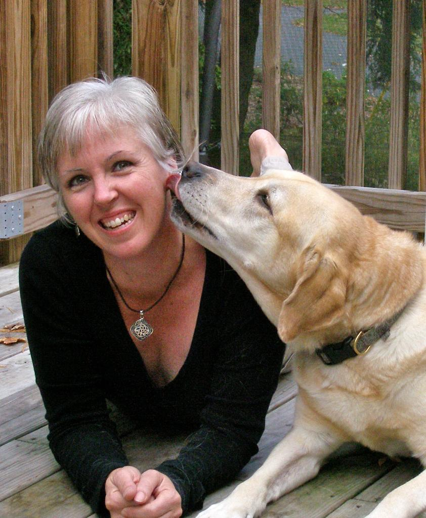 denise mazzola gets a kiss from thor dogcast radio. Black Bedroom Furniture Sets. Home Design Ideas